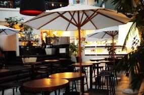 店内写真夜terrassa