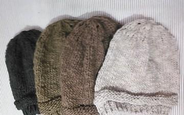 「ニット帽☆フェルトブローチ」スーヴニールマリノアシティ店